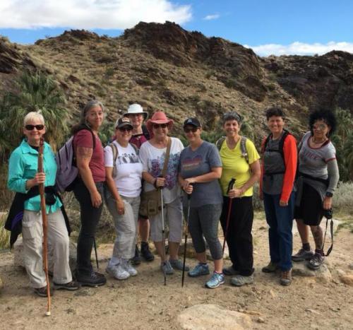 womens hike_558x520